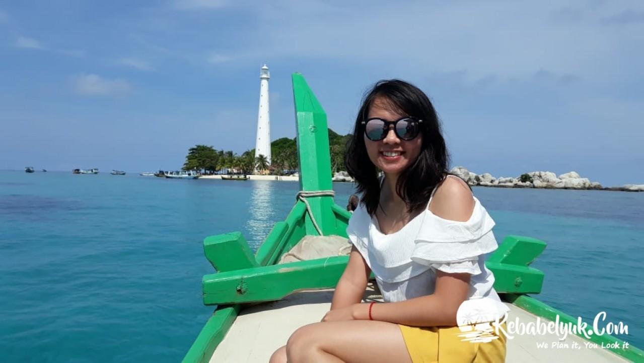 Ibu Djuharni & Keluarga Tour Belitung