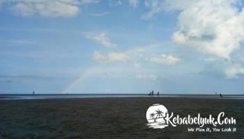 Pantai Temberan Salah Satu Pilihan Wisatawan di Akhir Pekan