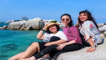 Tips Agar Tetap Eksis di Sosmed Saat Liburan di Belitung